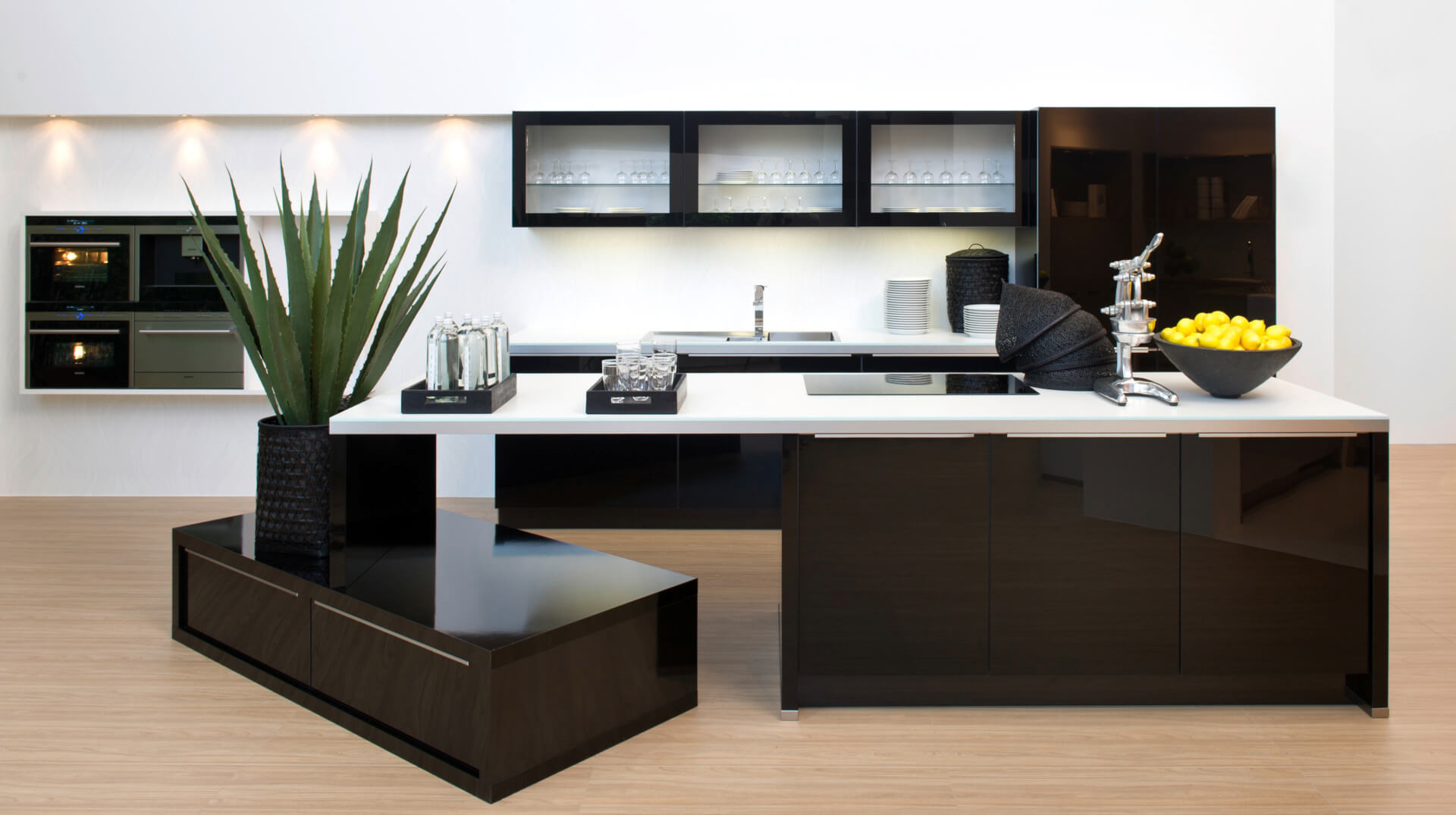 Nolte-Kitchens-Glass-Tech-Gallery1