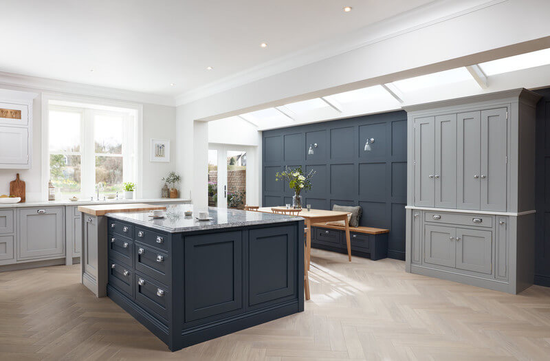 1909 Kitchens | Ovolo | Painted Shaker Kitchens