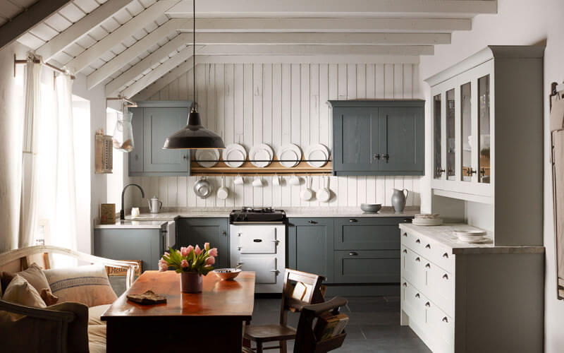 Alchemy | Mornington Painted Shaker Kitchen | Second Nature Kitchens