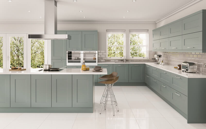Eco Kitchens | Solent Painted Shaker Kitchen | Hertfordshire Kitchens