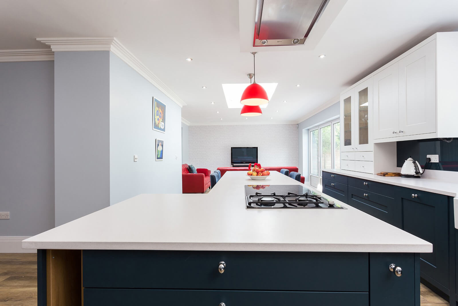 C&C kitchens Hertfordshire - Fitzroy painted shaker in Chalk and Harforth Blue.